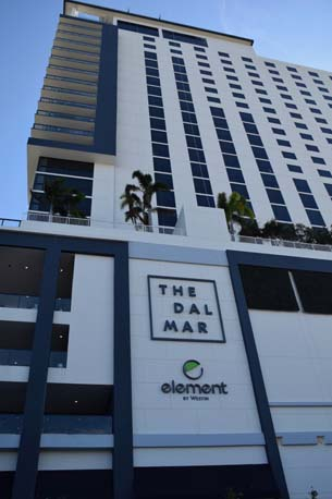 The Dal Mar sign and building